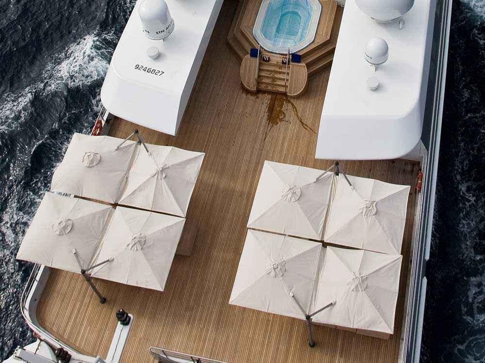 multi-canopy-cantilever-umbrella-su6-9