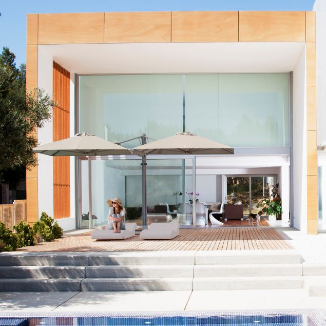 3 exterior garden design hacks experts use