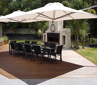Cantilever Umbrellas and Outdoor Umbrellas | Shadowspec